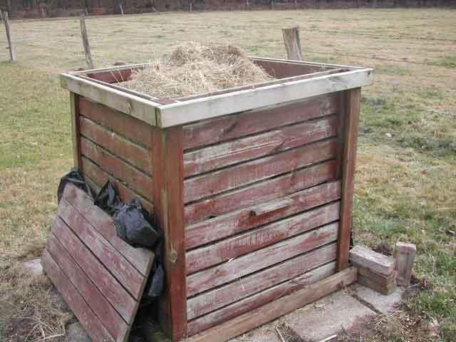 composteur en bois photos sur le zooplanction. Black Bedroom Furniture Sets. Home Design Ideas